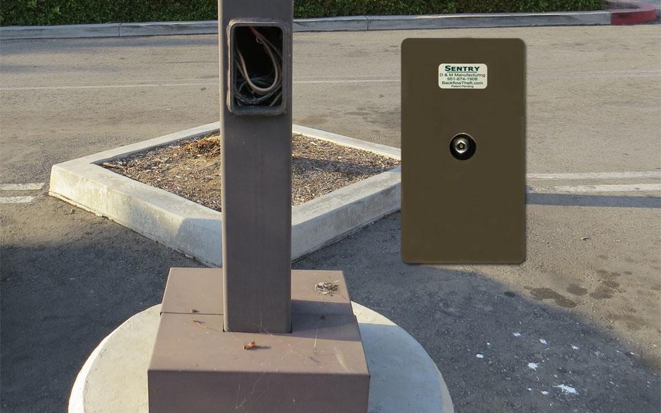 copper theft prevention parking lot light pole hand hole cover. Black Bedroom Furniture Sets. Home Design Ideas